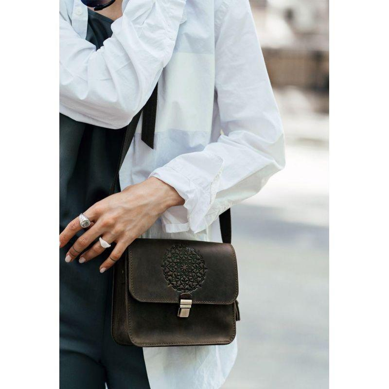 Кожаная женская бохо-сумка Лилу темно-коричневая