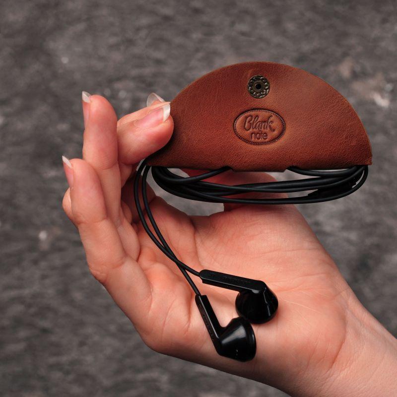 Кожаный холдер для наушников светло-коричневый