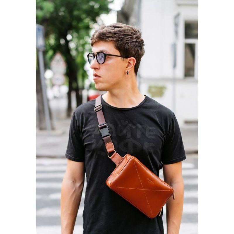 Кожаная поясная сумка Dropbag Maxi светло-коричневая