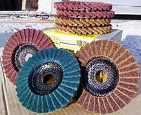 Лепестковый  круг из  скотчбрайта Klingspor SMT 800 по нержавейке, фото 1