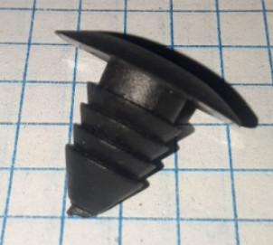Клипса крепления держатель обшивки №63 Мицубиси Mitsubishi Чери Амулет Chery Amulet
