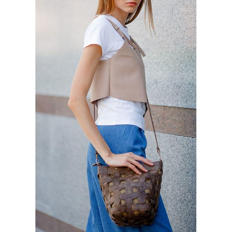 Кожаная плетеная женская сумка Пазл M темно-коричневая Crazy Horse