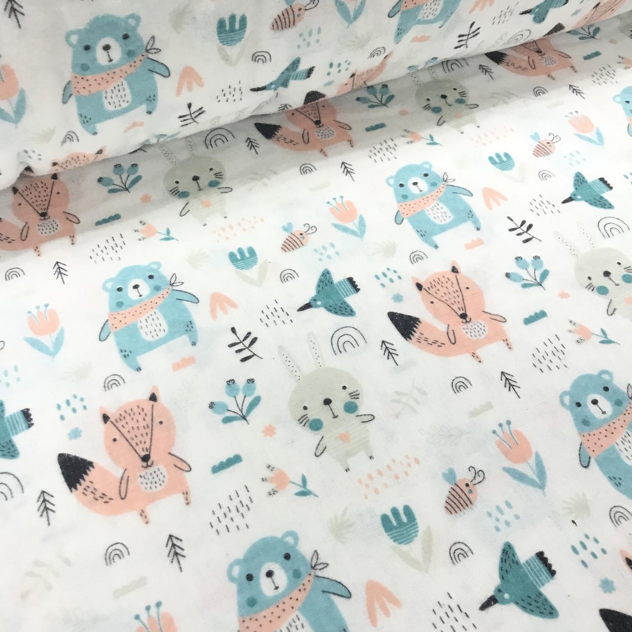 Фланелевая ткань зайчики, лисы, медведи бирюзовые на белом