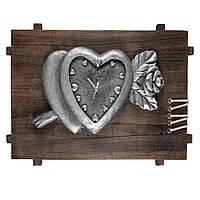 Годинник настінний на дерев'яній основі 35х50х8 см Серце з трояндою (44008.001)