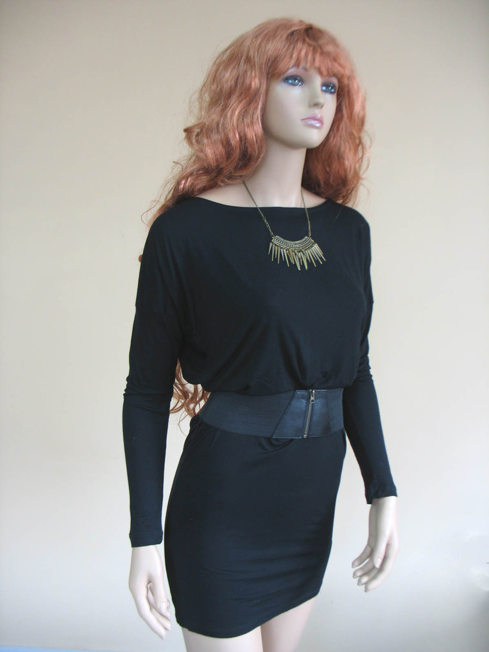 37325cfab00 Женское черное трикотажное платье с длинным рукавом и поясом на молнии (в  комплекте) -