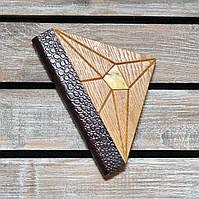 Блокнот с деревянной обложкой. Треугольный. Инкрустация янтарем. (А00337), фото 1