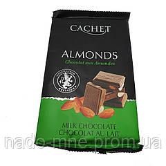 Шоколад Cachet Milk Almonds (300 г)