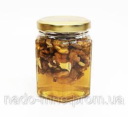 Мёд с грецким орехом, (230 г - мед, 40 г - орехи)