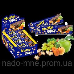 Батончик-мюсли с орехами и фруктами в глазури Nutty Way, 40гр