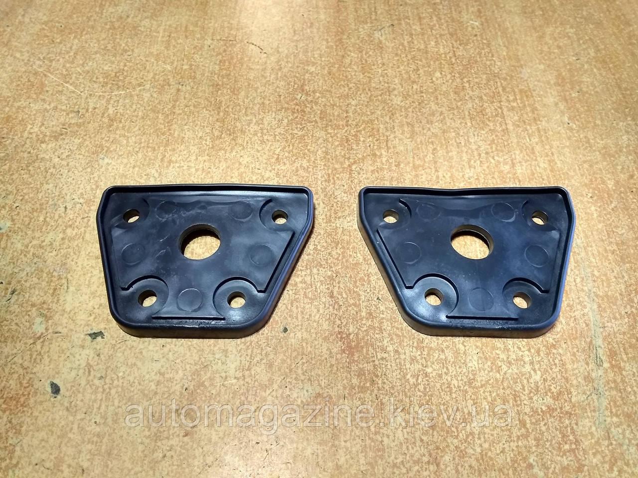 Прокладка бокового зеркала УАЗ Люкс (комплект)