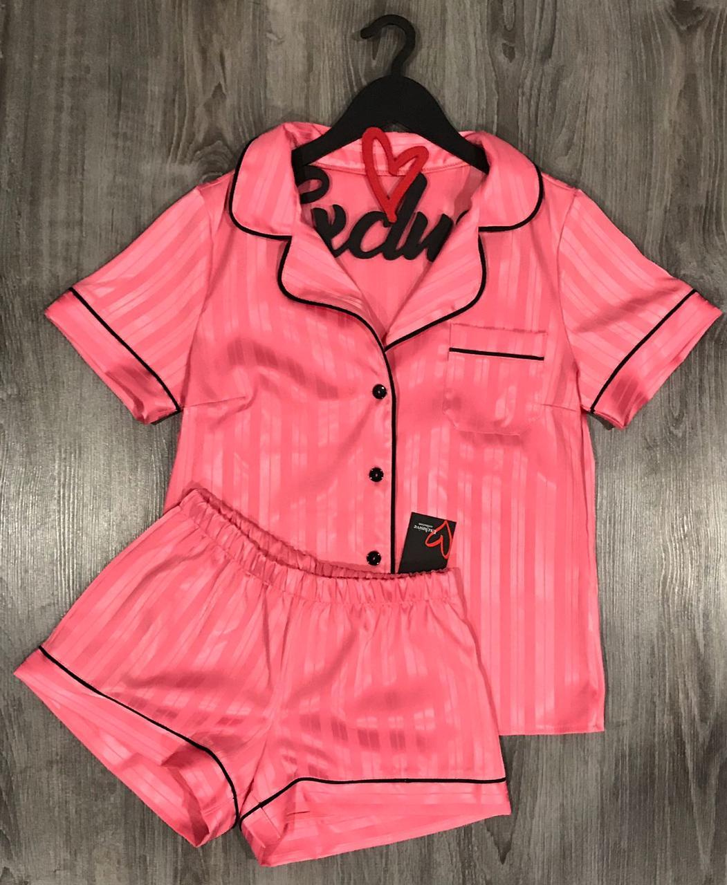 Пижамы женские , комплект рубашка и шорты.