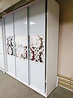 Шкаф-купе ШК-04 2100х600х2400 ДСП+зеркало+комби А2-007 белый+бл. ящ.х2 белый софт 0387/11 (Влаби)