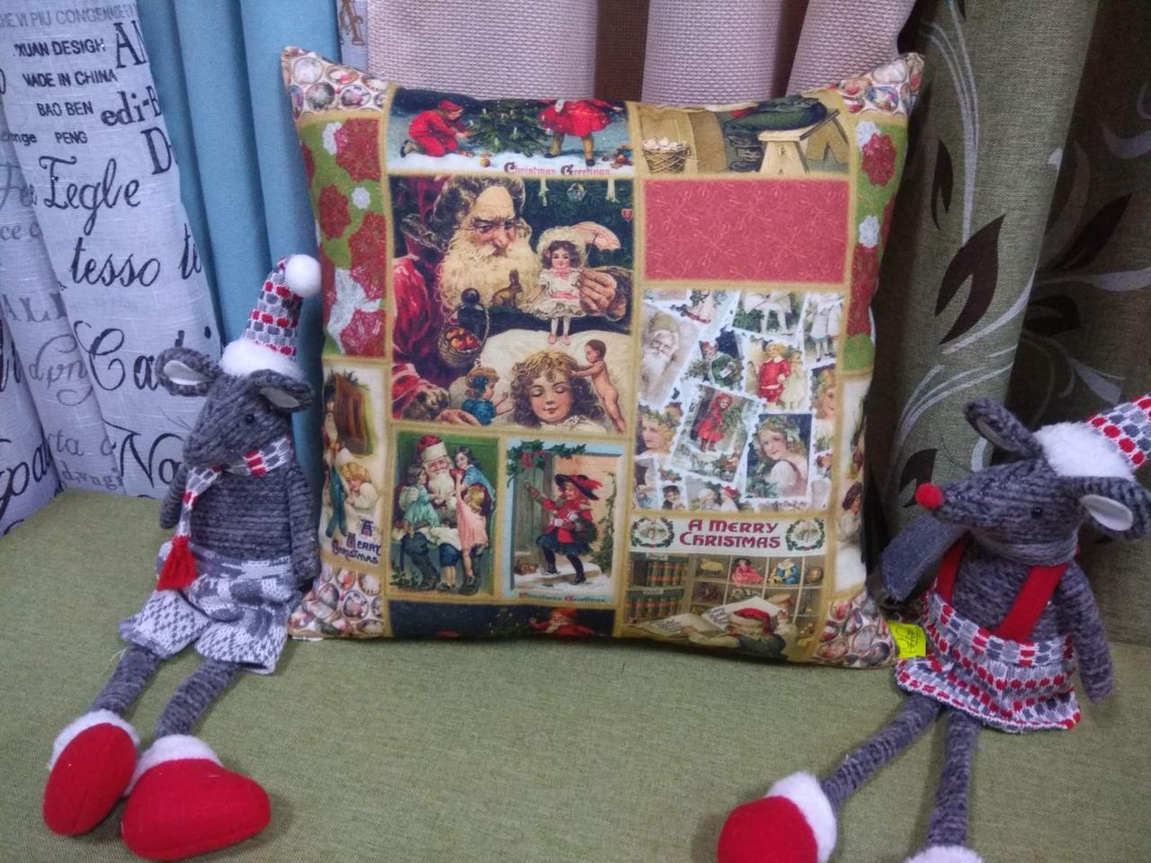 Стильна наволочка новорічна для декоративної подушки 40*40 см