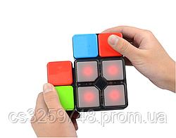 Электрическая разновидность Кубика Рубика с музыкальными огнями