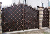 Кованые распашные ворота с калиткой, код: 01086, фото 1