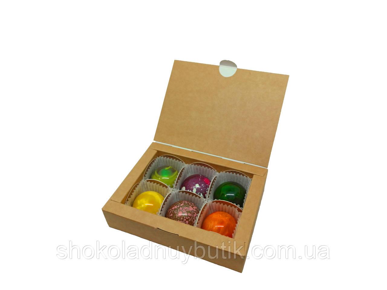 Шоколадні цукерки ручної роботи.Коробка на 6цук.