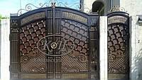 Элитные кованые ворота с калиткой, код: 01101