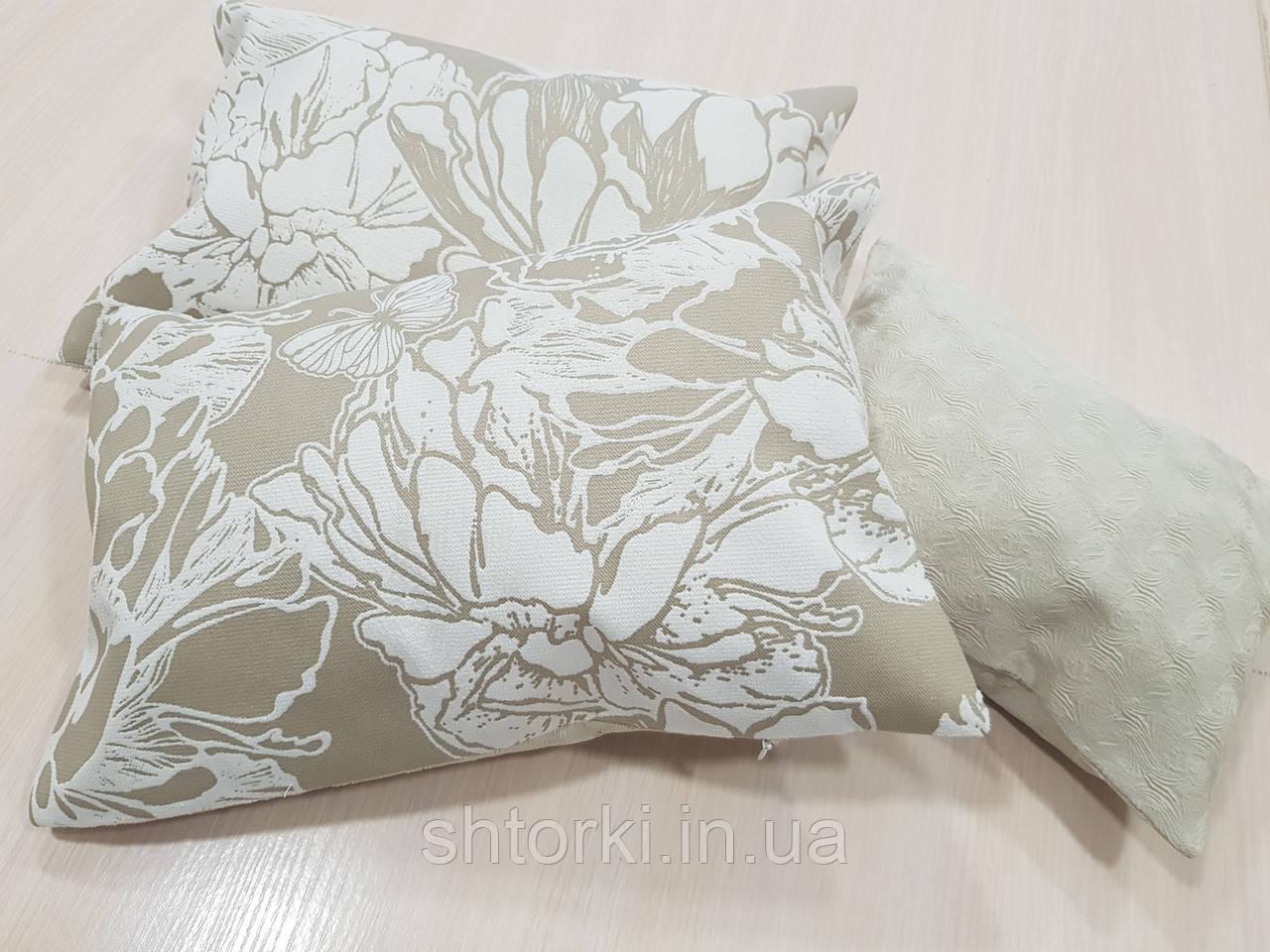 Комплект подушек Бабочки и цветы беж, 3шт