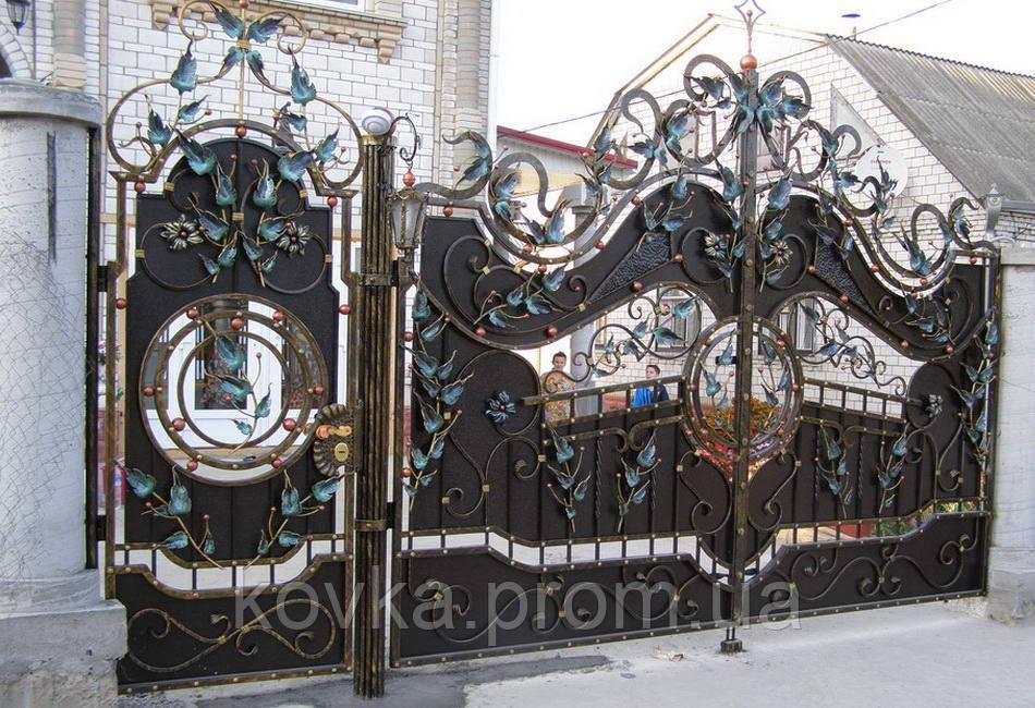 Кованые распашные ворота с калиткой, код: 01116