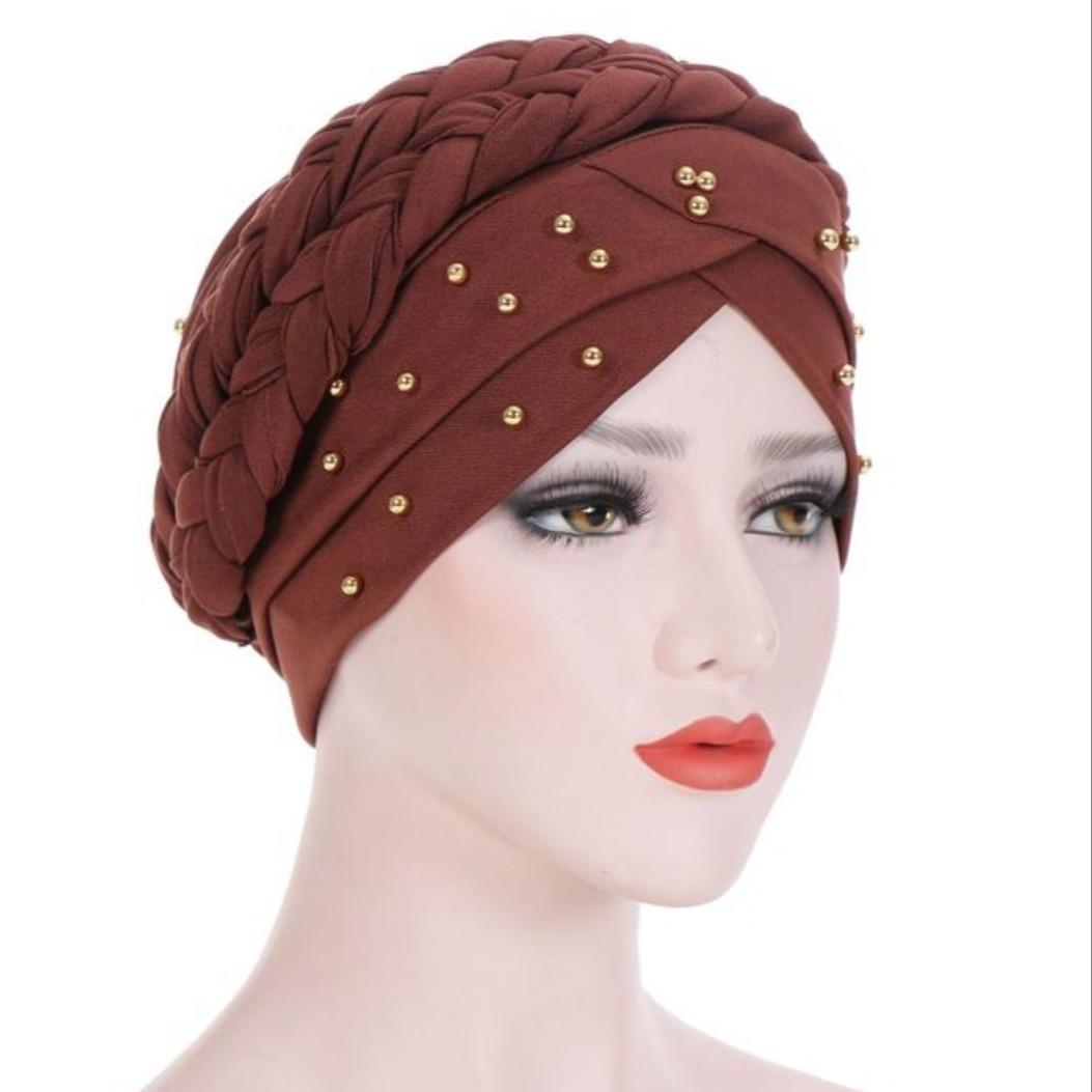 Роскошная чалма шапка однотонная с бусинами и косой, намотка в виде гульки коричневый