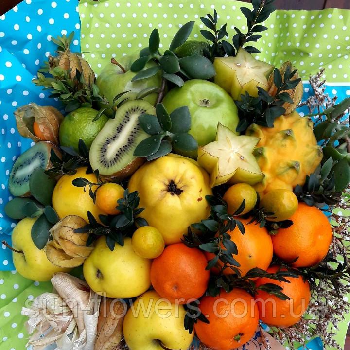 Градиентный фруктовый букет