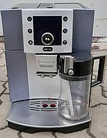 Кофемашина  Кофеварка Делонги Delonghi Esam 5500 Perfecta с молочником серебристая