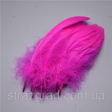 Перья гуся Декоративное перо Цвет Ярко Розовый 13-20см