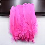 Перья гуся Декоративное перо Цвет Ярко Розовый 13-20см, фото 2
