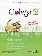 Книга Colega 2 - Carpeta de recursos (Spanish Edition)