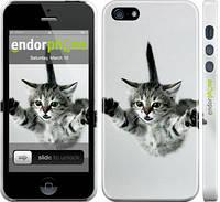 "Чехол на iPhone 5 Летящий котёнок ""2322c-18"""