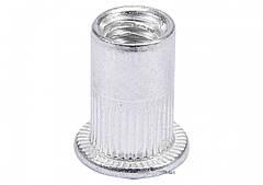 Нитогайка алюминиевая YATO М4 х 11 мм 20 шт