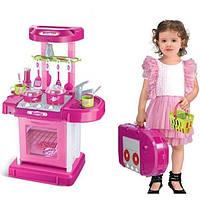 Кухня для активной игры девочкам от трёх лет, с  посудой и чемоданчиком, в розовом цвете.