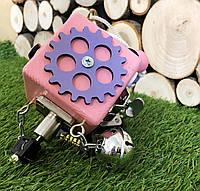 Бизикубик 8х8 см бізіборд busyboard розовый бизикуб бізікубик детские деревяные игрушки Монтессори