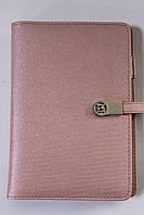 Блокнот маленький c повербанком женский проводная зарядка без USB розовый 19 см на 14 см