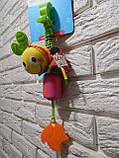 """Активная игрушка-подвеска """"Веселая Божья Коровка"""" Mioobaby, фото 2"""
