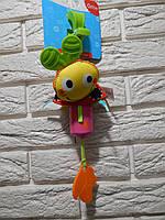 """Активная игрушка-подвеска """"Веселая Божья Коровка"""" Mioobaby"""