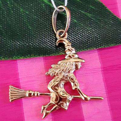 Золотой кулон Ведьмочка - Ведьма кулон золото - Ведьма на метле подвеска