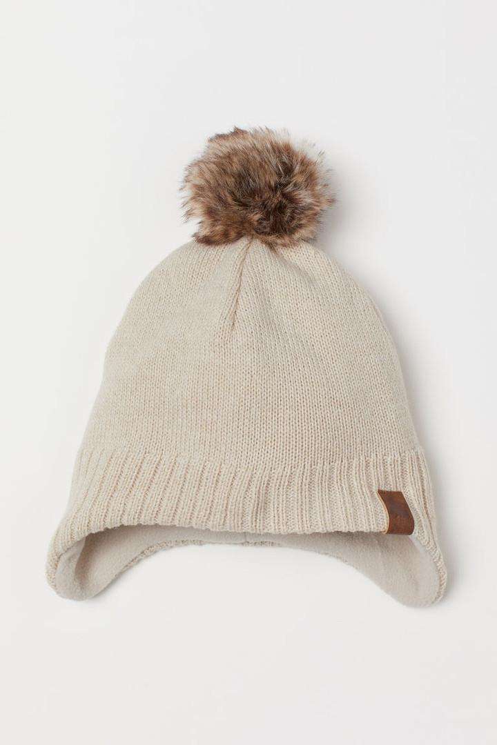 Зимняя вязанная шапочка на флисовой подкладке для мальчика