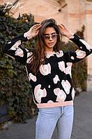 Шикарный вязаный женский свитерок .Основа черного цвета,узор пудра.