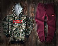 Мужской спортивный костюм Supreme камуфляжного и бордового цвета  (люкс копия)
