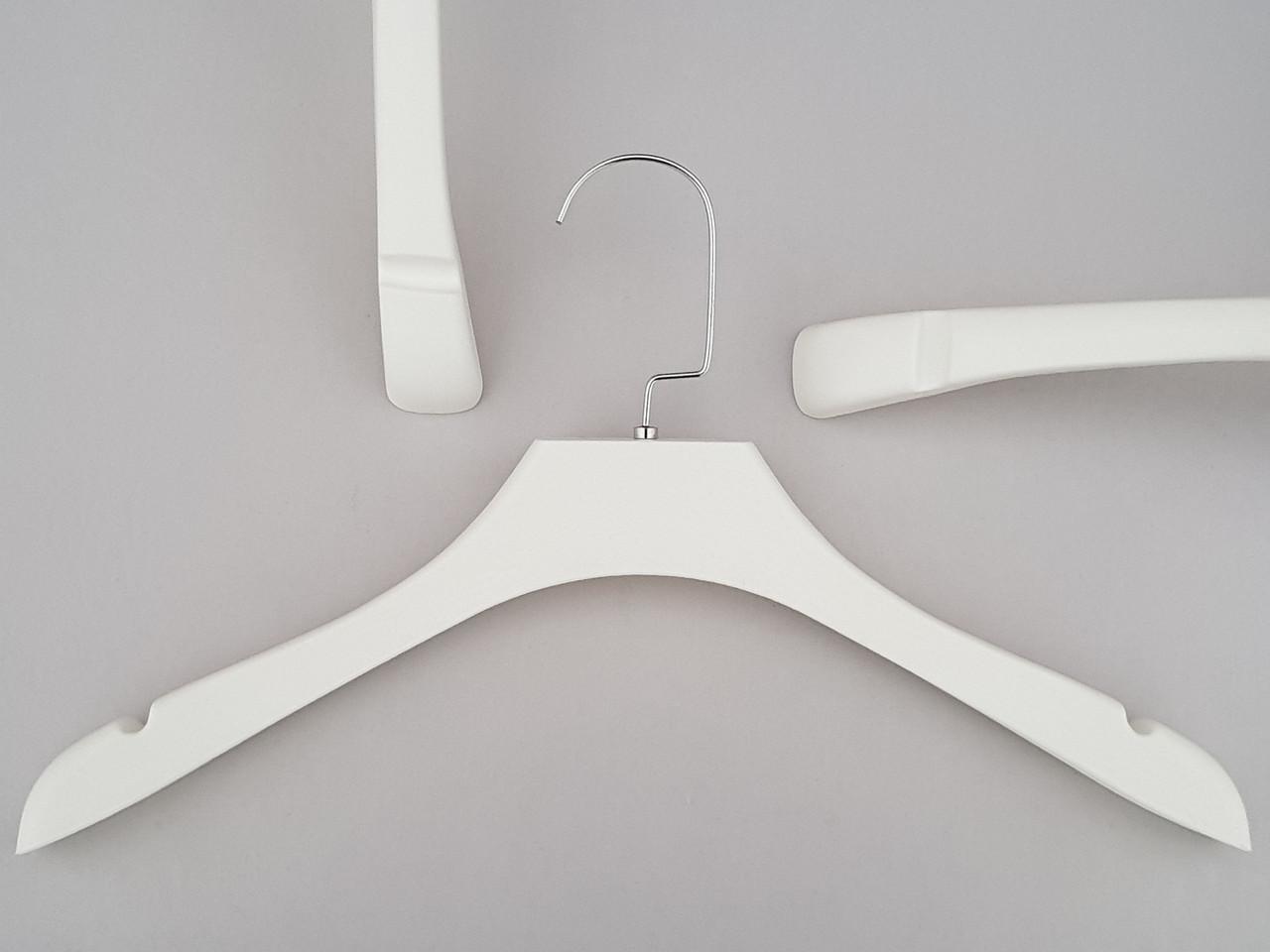 Плечики вешалки тремпеля  TZ0065 белого цвета под дерево, длина 39 см