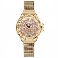 Женские часы с вращающимся крутящимся циферблатом Chanel Flower Diamond Rotation Watch (желтое золото)
