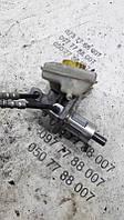 Тормозной цилиндр главный Skoda Superb 8E0611301E