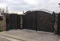 Кованые распашные ворота с калиткой, код: 01130