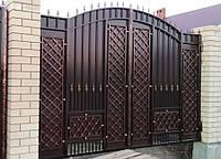 Кованые распашные ворота, код: 01136