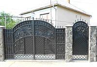 Кованые распашные ворота с калиткой, код: 01139