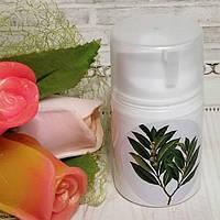 Крем увлажняющий для сухой, проблемной кожи с маслом лавра и аргинином.