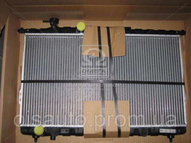 Радиатор охлаждения HYUNDAI SONATA IV (EF) (98-) (пр-во Nissens)