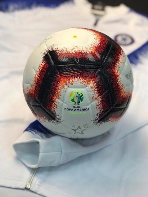 Футбольный мяч Copa America 2019