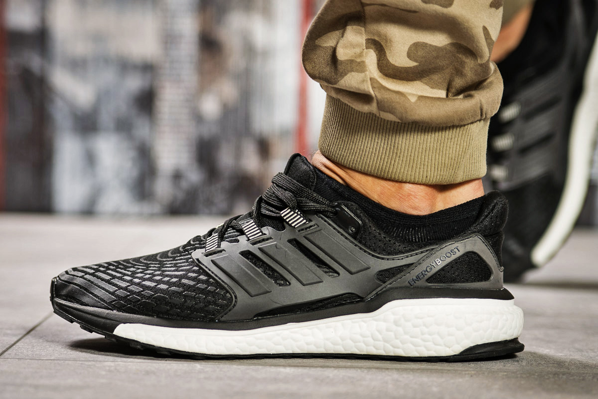 Кроссовки мужские 13821, Adidas Ultra Boost, черные, < 42 43 > р.42-25,5